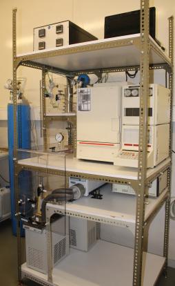 Supercritical fluid extraction unit