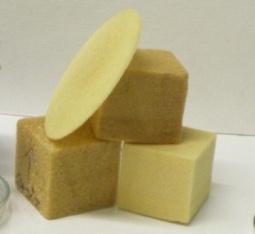 Rigid polyurethane foam derived from oxypropylated lignin